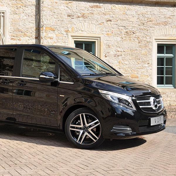 Аренда минивэна с водителем Mercedes-Benz V-class